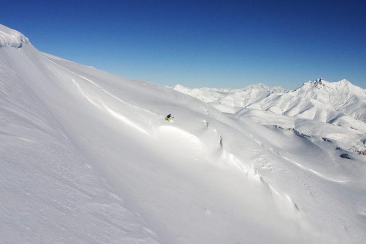 Trasy do jazdy w głębokim śniegu w Les 2 Alpes i La Grave to raj dla miłośników freeride.