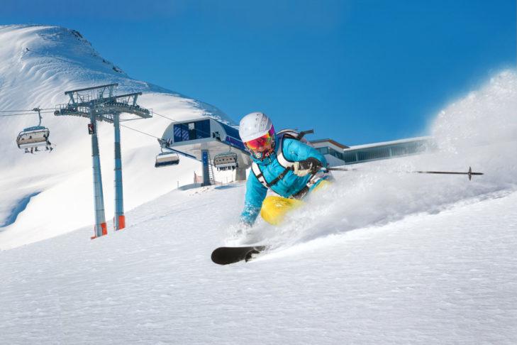 Dostępne są również modele nart dla pań.