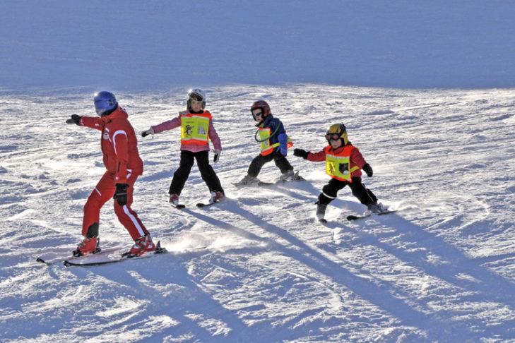 Dzięki lokalnym szkółkom narciarskim nauka stanie się przyjemnością.