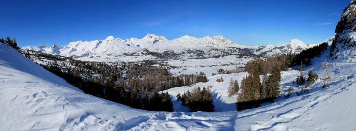 Widok panoramiczny na La Joue du Loup.