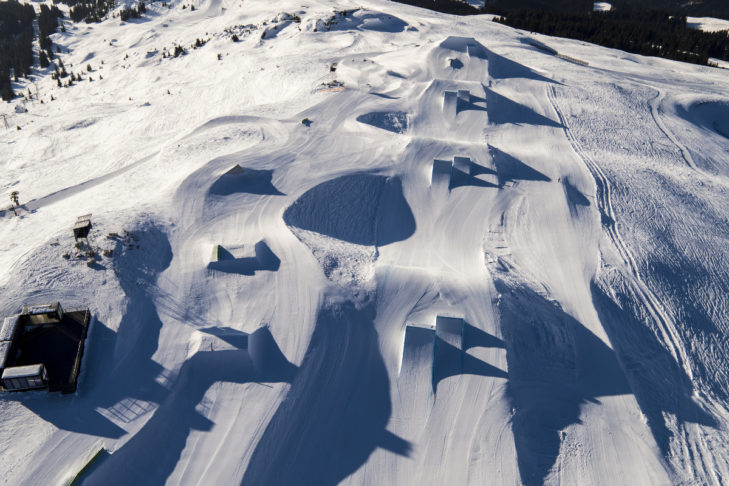 Laax uchodzi za mekkę miłośników snowboardu.
