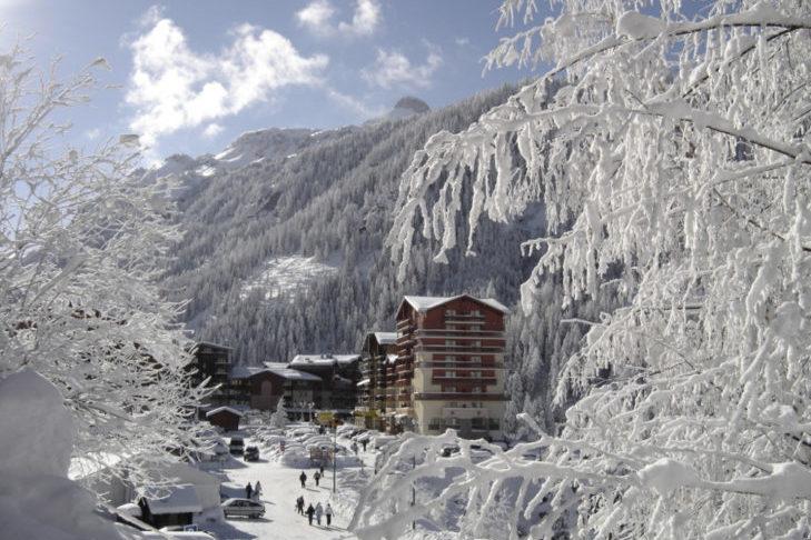 Na terenie narciarskim z pewnością nie zabraknie białego puchu.