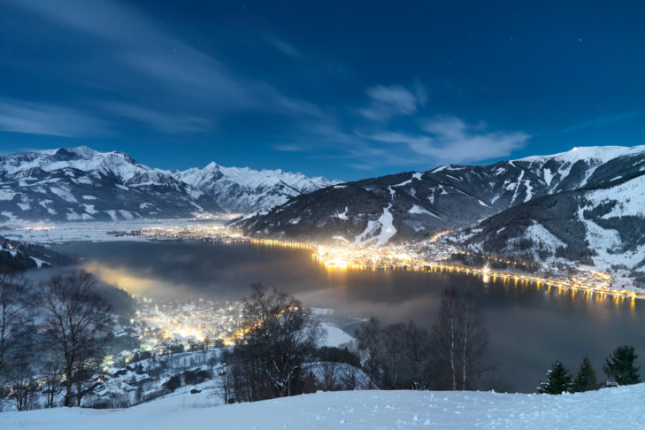 Nastrojowa atmosfera nad Zeller See.
