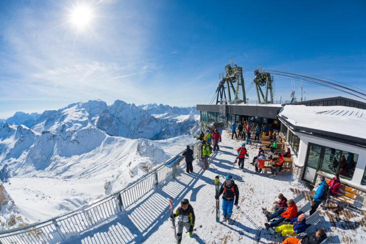 Z prawie każdej stacji górskiej w dolinie Fassa podziwiać można malowniczą panoramę.