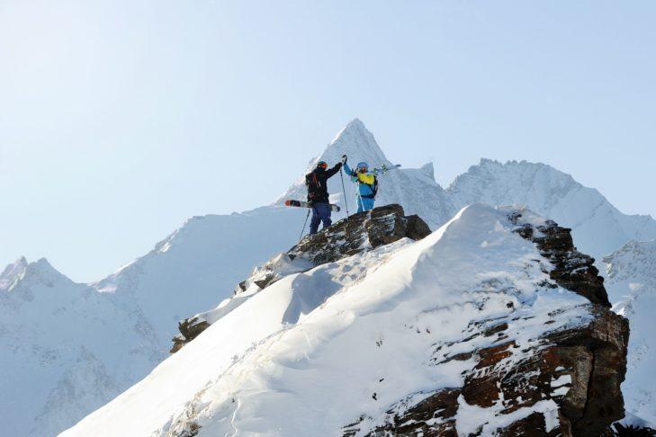 Grossglockner (3798 m) w tle oferuje imponujący widok.