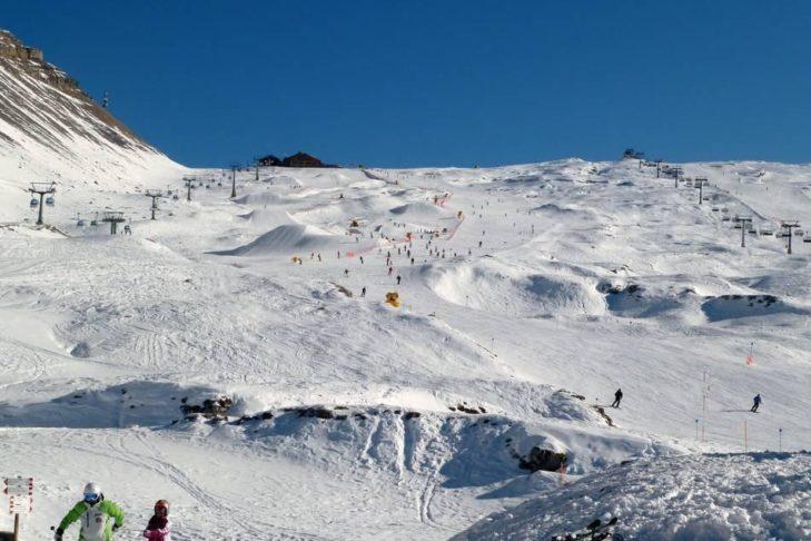 Na terenie narciarskim Madonna di Campiglio dostępnych jest 60 km tras.