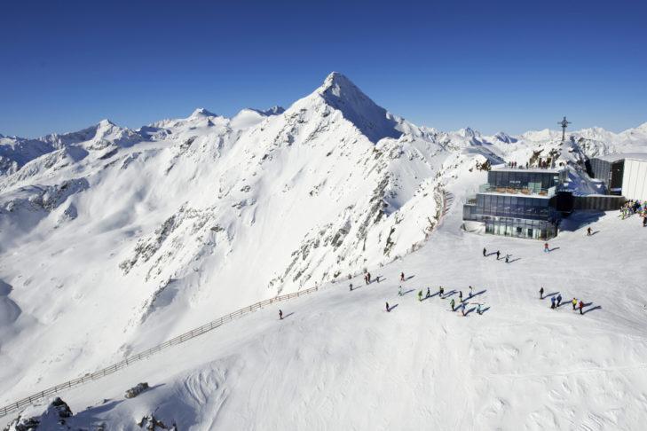 Urlop narciarski na Boże Narodzenie można również spędzić na Gaislachkogel w Sölden.