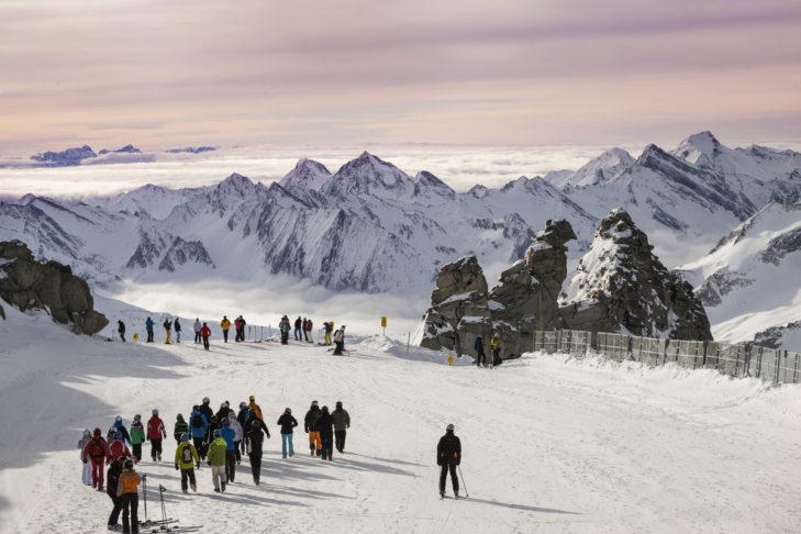 Malowniczy widok na lodowiec Hintertux.