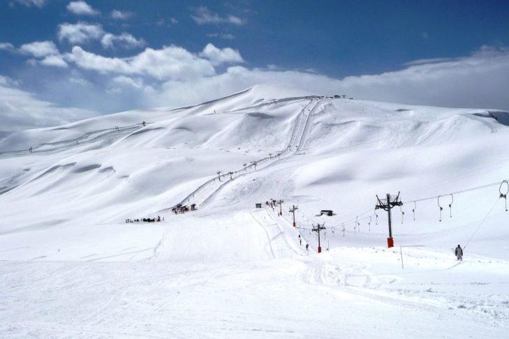Jazda na nartach we Francji: szerokie trasy dla rodzin w Saint Sorlin