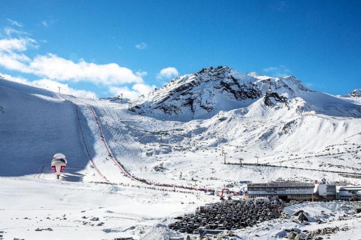 Puchar Świata rozpoczyna się w Sölden na lodowcu Rettenbachgletscher.