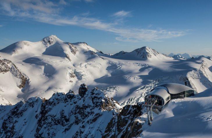 Stacja górska na lodowcu Pitztal na wys. 3440 m.