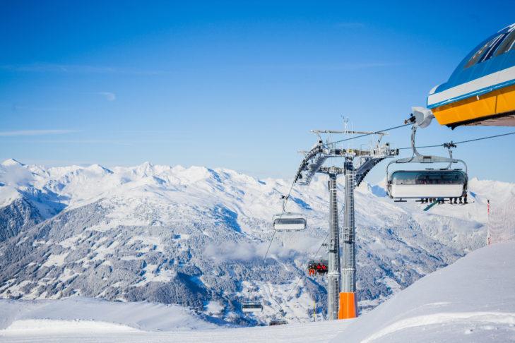 Widok na szczyty w Dolinie Ziller.