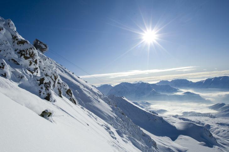 Słońce w pełni w Alpe d'Huez.