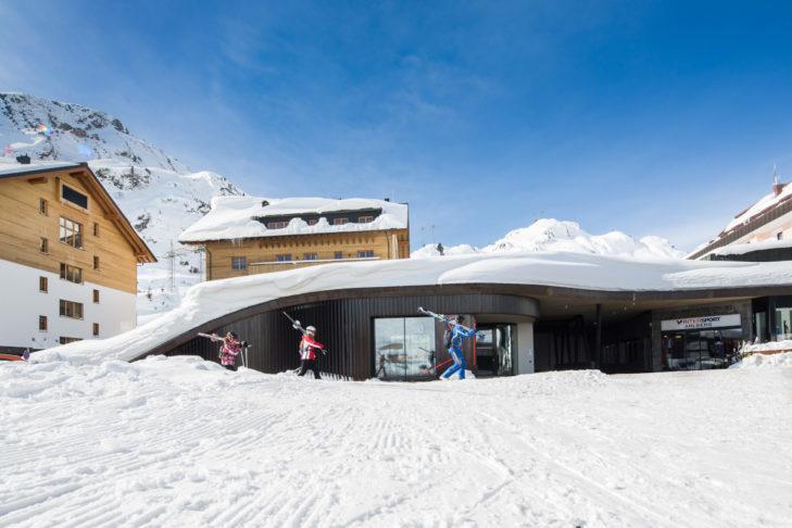 Najwyżej położona w Alpach sala koncertowa na Arlberg.