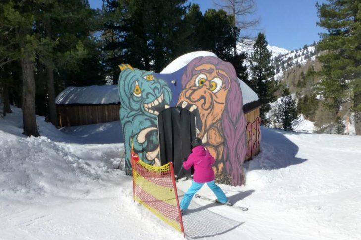 "Teren narciarski Obertauern posiada ""chatkę strachu""."