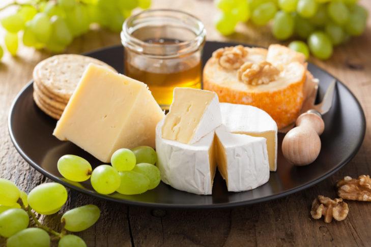 Ser jest bardzo dobrym źródłem białka.